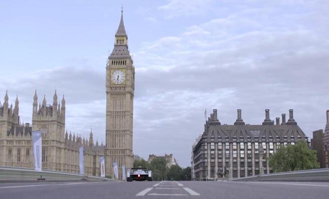 El monoplaza de la Formula E se pasea por Londres