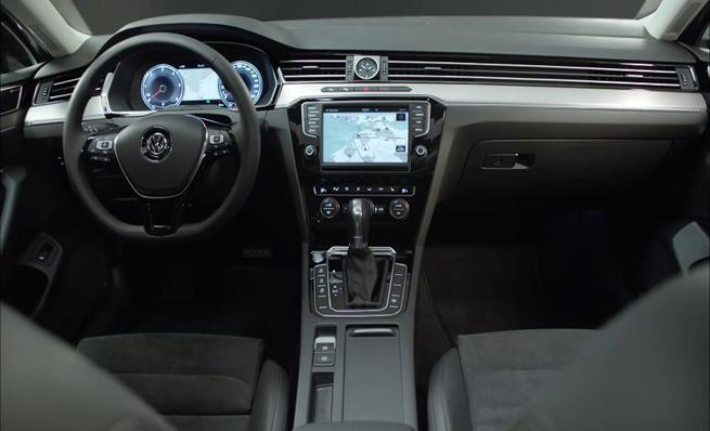 Volkswagen Passat 2015: Interior