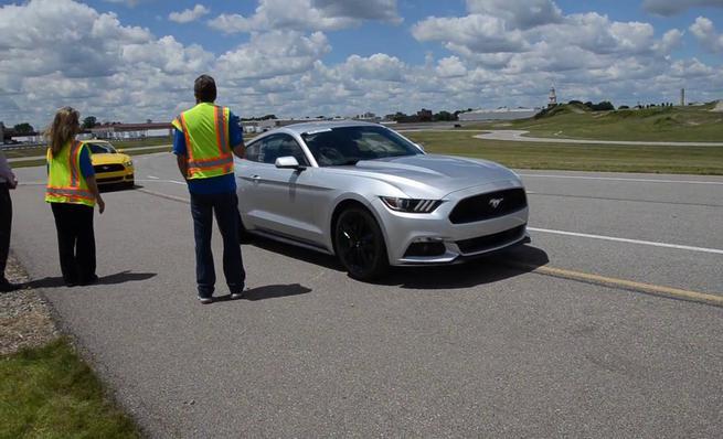 El sonido de los Ford Mustang Ecoboost, V6 y V8 desde el exterior