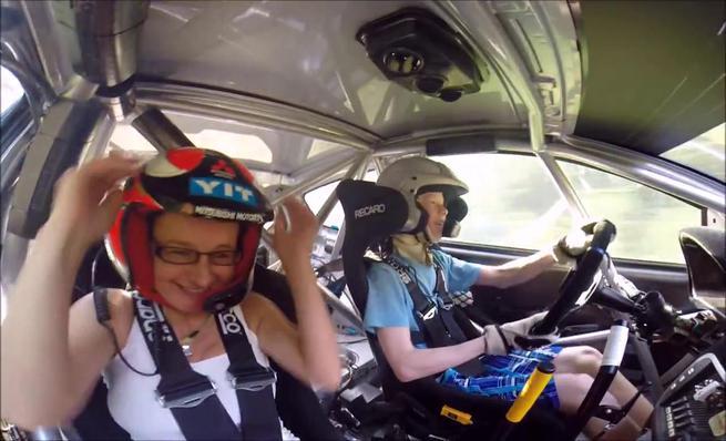 El hijo de Harri Rovanperä a los mandos de un coche de rally