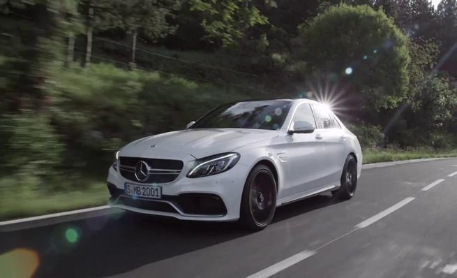Mercedes-Benz C63 AMG S Berlina - En movimiento