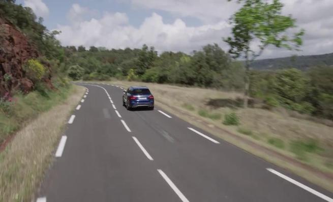 Mercedes-Benz C63 AMG S Estate - En movimiento