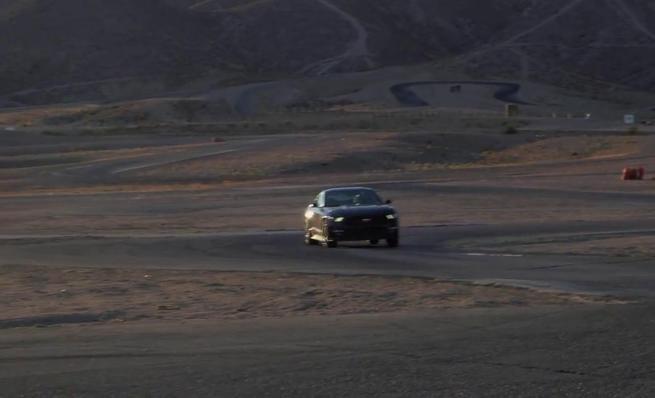 Chevrolet Camaro SS frente a Ford Mustang GT V8