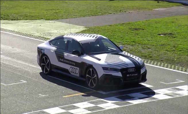 Audi RS7 piloted driving en Hockenheim