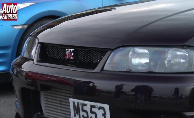 Drag Race: Nissan Skyline R33 GT-R vs Nissan GT-R