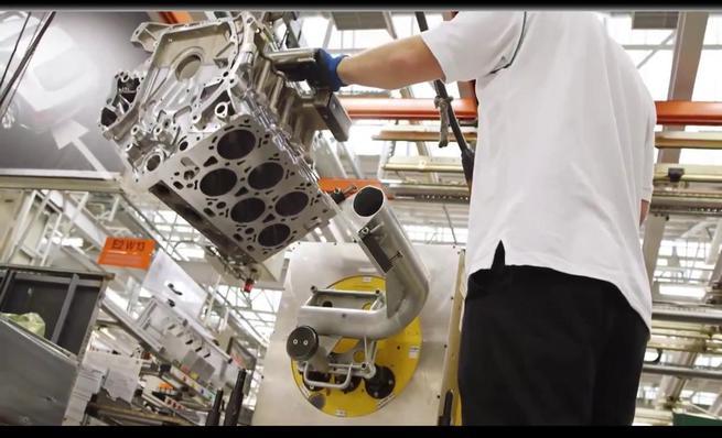 Así se hace: Motor W12