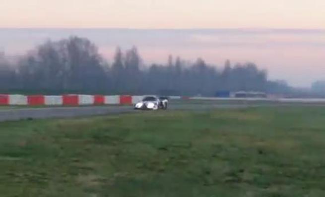 Scuderia Cameron Glickenhaus SCG003 en pista