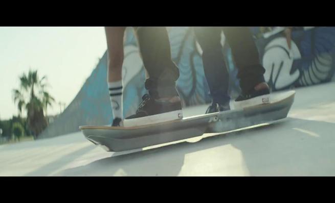 El Hoverboard de Lexus en acción