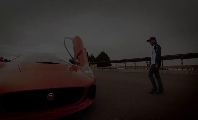 Felipe Massa al volante del Jaguar C-X75 de Spectre