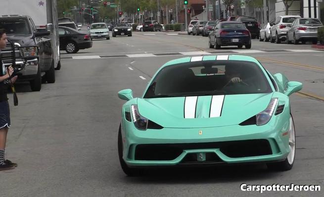 Ferrari 458 Special en Tiffany Blue